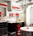 Классическое цветовое трио в интерьере кухни