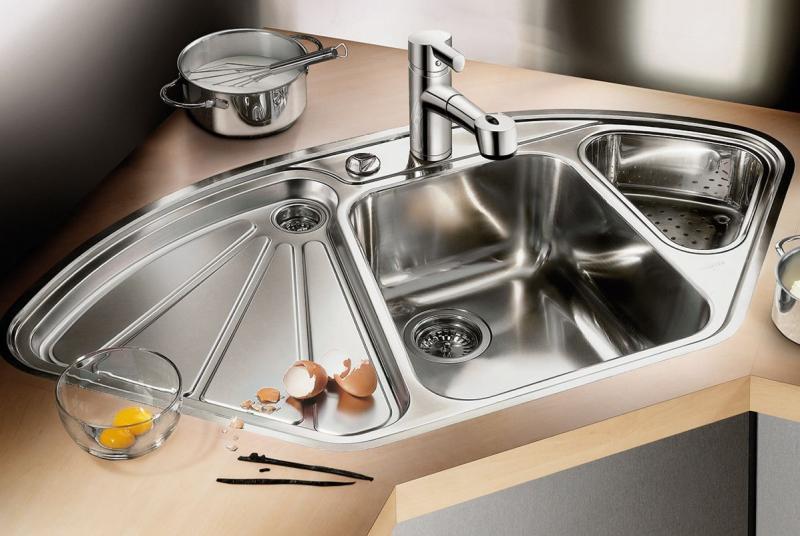 Угловая мойка для кухни (60 фото): виды и модели, фото каталог