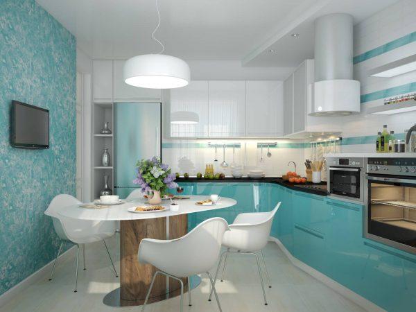 Бело-голубое оформление небольшой кухни