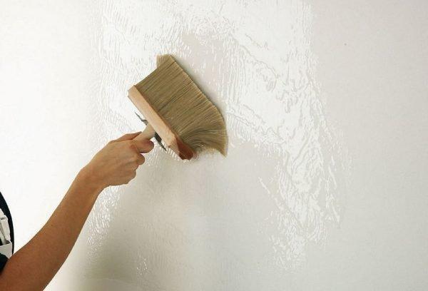 Грунтование стен перед отделкой жидкими обоями