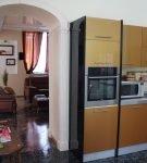 Арка без яркой отделки на кухне