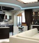 Оригинальный декор и освещение потолка в кухне-гостиной