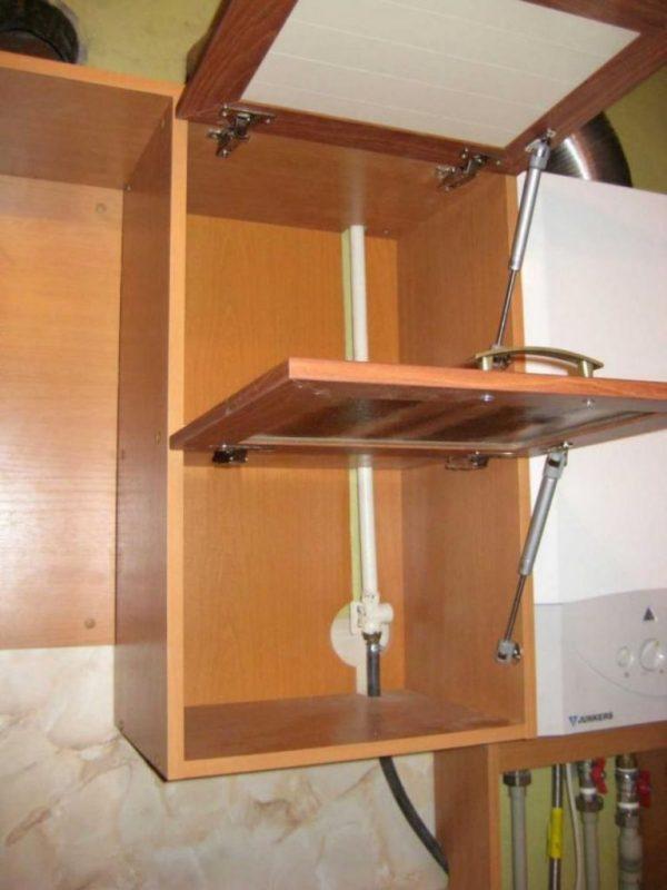 Обычный кухонный шкафчик с пропилами