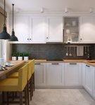 Кухня с подоконником-столешницей