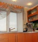 Тонкая прозрачная штора с ламбрекеном