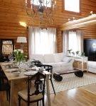 Классический стиль в деревянном доме