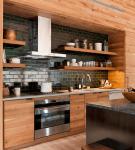 Прямой гарнитур мебели на кухне в стиле кантри