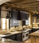 Комфортная кухня в стиле шале