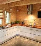 Лаконичный гарнитур для кухни в скандинавском стиле