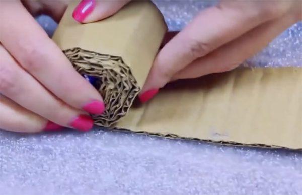 Картонная скатка