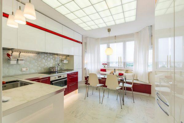 Стильный кухонный интерьер
