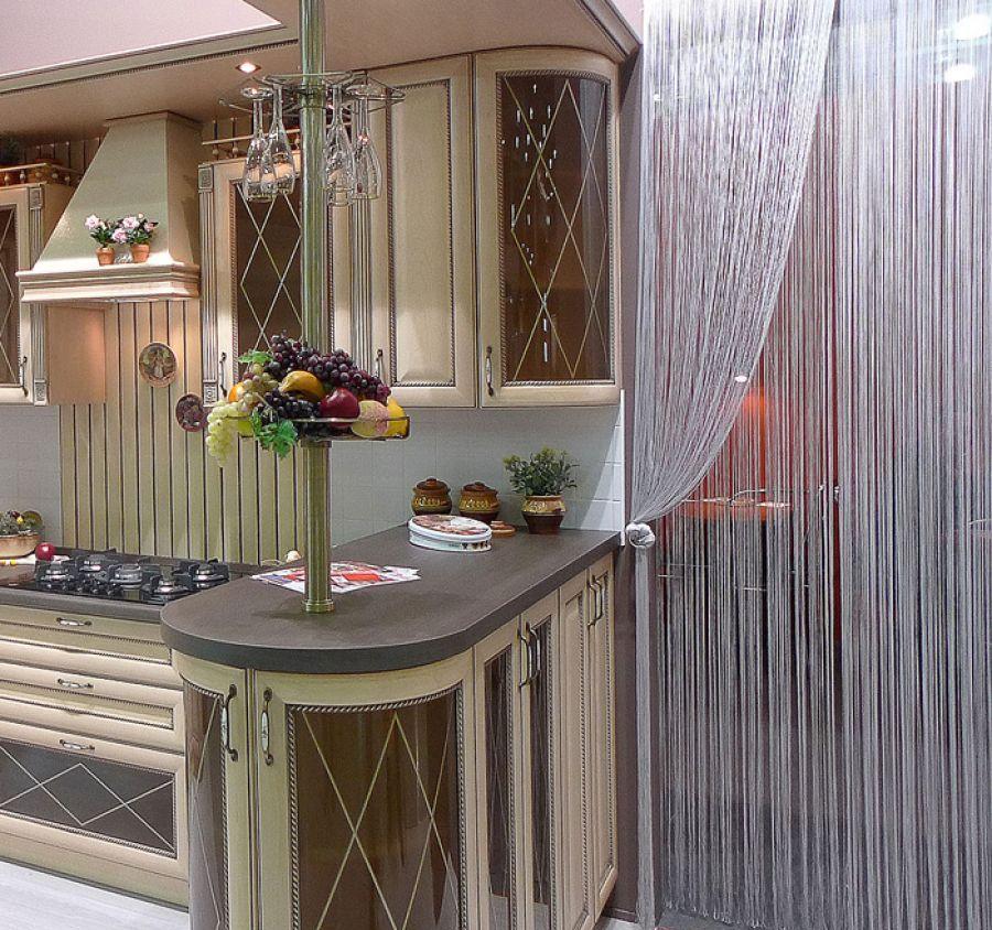 шторы нитки на кухне фото булочки