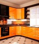 Строгий гарнитур углового типа для кухни