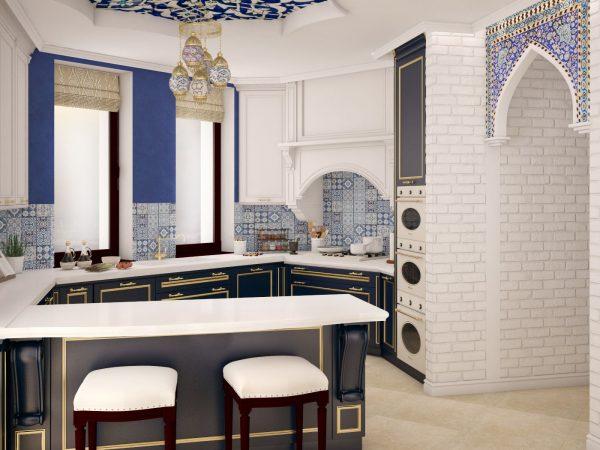Бежевые шторы на кухне с интерьером в сине-белых тонах