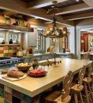Кухня с балками на потолке в восточном стиле