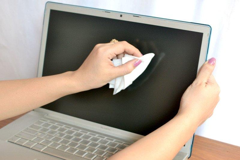 Чем протирать экран жк телевизора, компьютера, ноутбука в домашних условиях