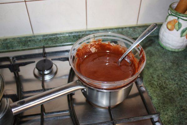 Растапливание шоколада