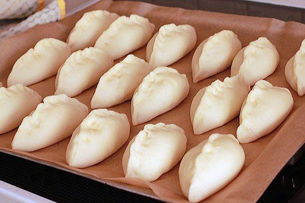 Сформированные песочные пирожки