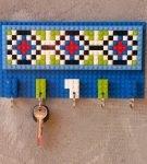 Ключница из Лего на стене