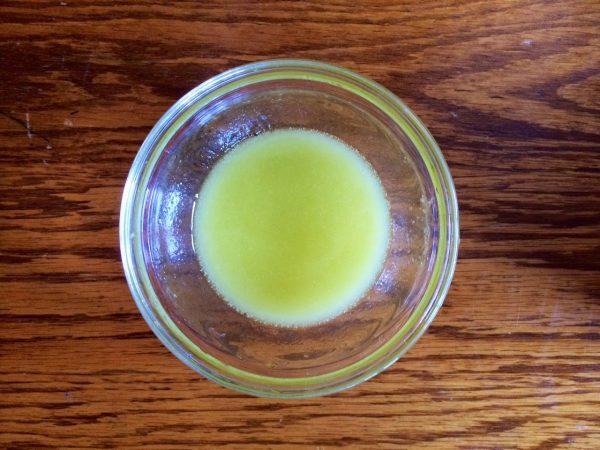 Смешанный с маслом лимонный сок