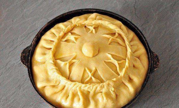 Пирог перед запеканием
