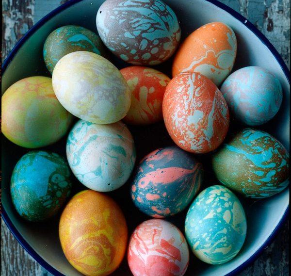 Яйца с мраморным окрашиванием