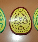 Вытынанки «Пасхальные яйца двухцветные»