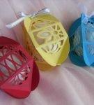 Разноцветные коробочки для пасхальных яиц