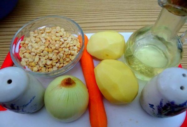 Набор продуктов для горохового супа без мяса