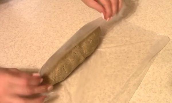 Халва в пищевой плёнке