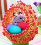 Пасхальное яйцо из макарон с зайчиком