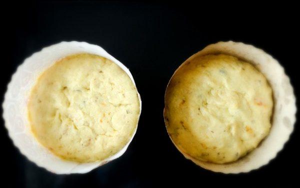 Творожное тесто в бумажных формах для пасхальных куличей