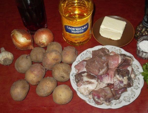 Картофель, мясо, лук и масло