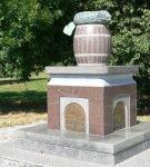 Памятники огурцу в Нежине (Украина)
