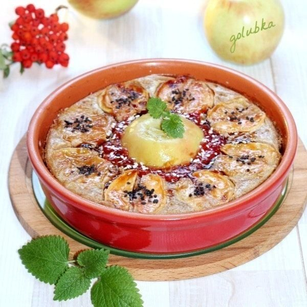 Готовая гречневая запеканка с яблоками