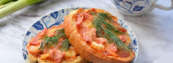 Горячие бутерброды, приготовленные в микроволновой печи