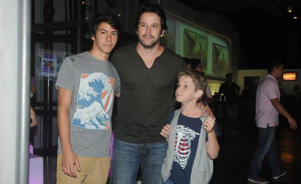 Бенисио с сыновьями
