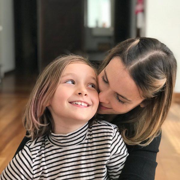 Дебора Фалабелла с дочерью