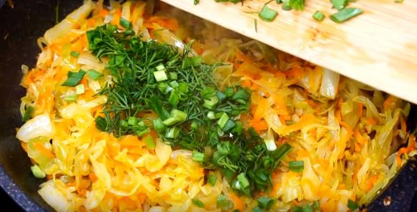 Добавление зелени к овощам