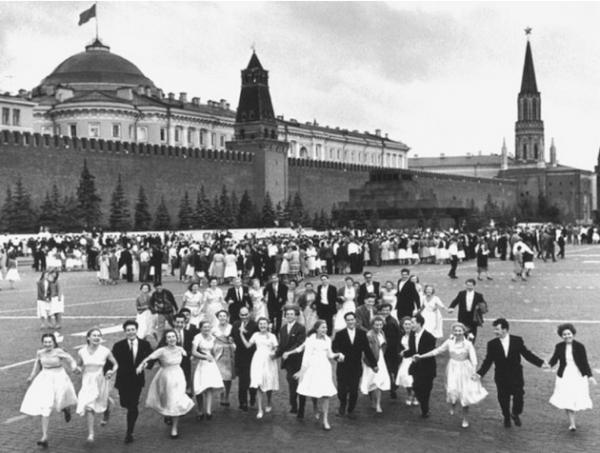 Выпуск, 1960-е