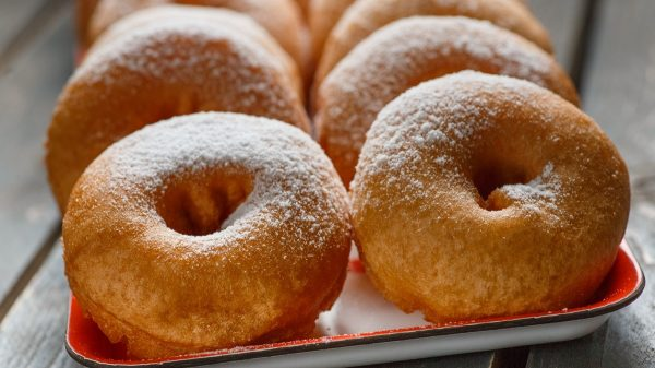 Готовые пончики на кефире
