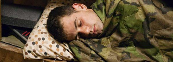 солдат спит