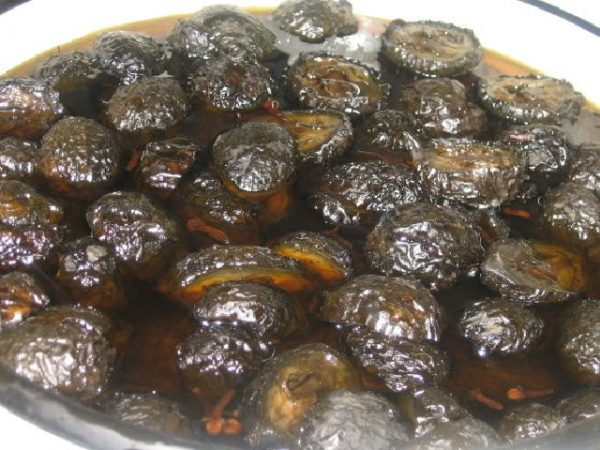 Грецкие орехи в сахарном сиропе