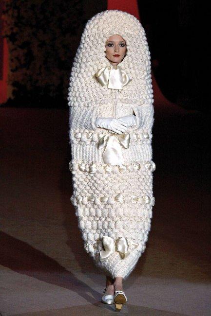 Вязаное закрытое платье