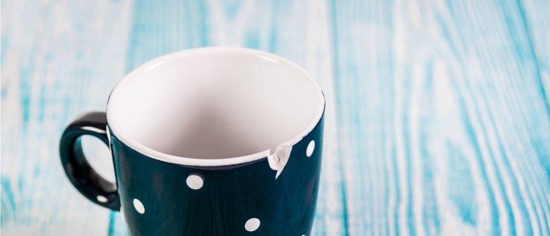 Чашка со сколом