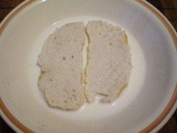 Замоченный хлеб