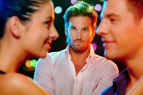 Девушка и двое мужчин