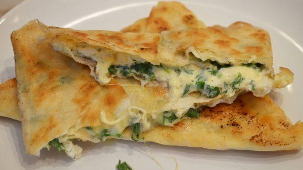 Ёка с зеленью и сыром