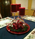 Украшения стола из хрустальных стаканов