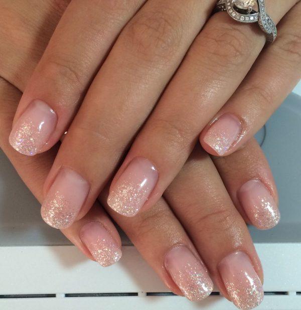 «Прозрачные ногти»